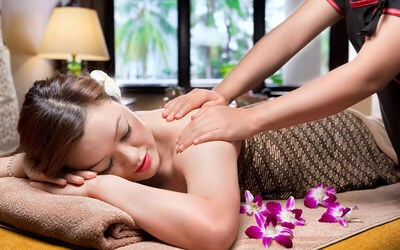 1.5-Hour Signature Himalayan Full Body Massage with Body Scrub for 2 People