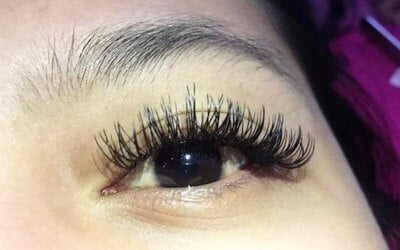 1x Double Eyelash Extension + Free Retouch 1 Minggu & Sisir - Available by Appointment