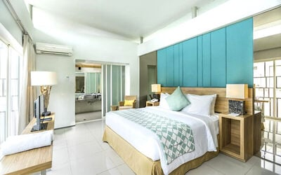 Nusa Dua: 4D3N Three Bedroom Pool Villa + Breakfast + Free Minibar + 1x Tea Time + One Way Airport Transfer + 1x Dinner
