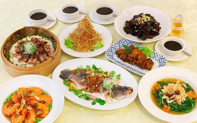 8-Course Ginseng Soup Prawns and Steamed Seabass Family Set Meal for 5 People