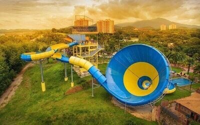1-Day Admission Ticket to Water Theme Park for 1 Adult