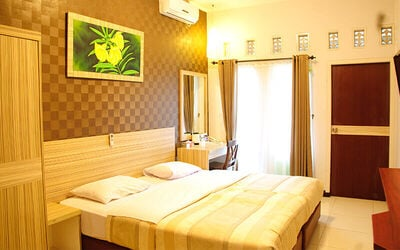 Jakarta: 2D1N in Superior Room (Room Only)
