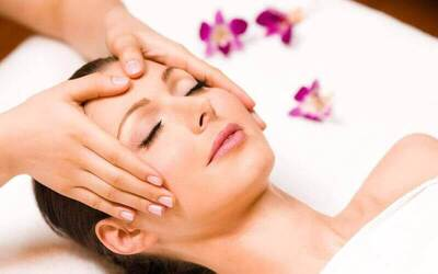 Crystal Rose Antioxidant Facial for 1 Person