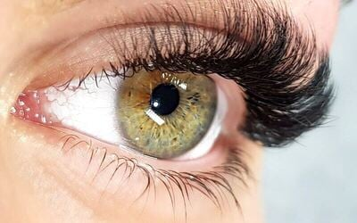 1x Russian Volume Eyelash Extensions + Free Mascara Wand - Available by Appointment