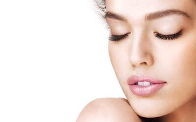 1.5-Hour Hydrating Facial with Full Body Scrub for 1 Person