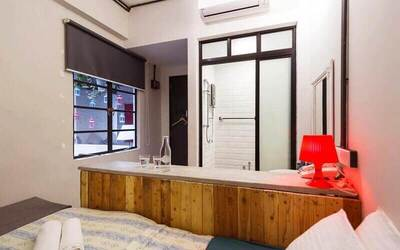 Georgetown: 3D2N Stay in Standard Queen Room with Breakfast for 2 People