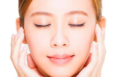 120-Min Signature Facial with Neck and Shoulder Hot Stone Massage for 1 Person