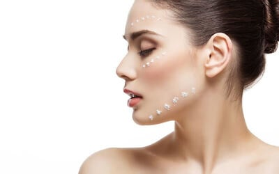 1x V-Shape Brightening Facial + Free Totok Wajah (120 Menit) - Available by Appointment