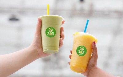 Two (2) Large Juices / Smoothies / Milkshakes